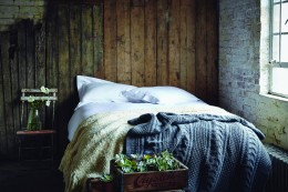 IMAGE 4 - Autumnal bed shot