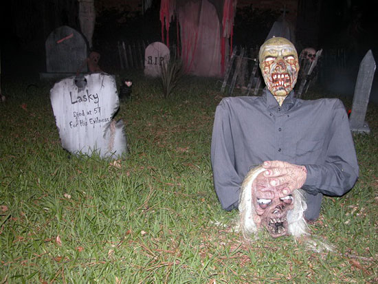 scary halloween decorating ideas - Really Scary Halloween Decorations