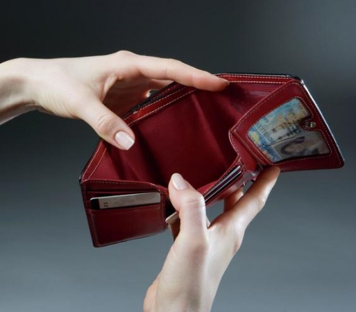 empty wallet image