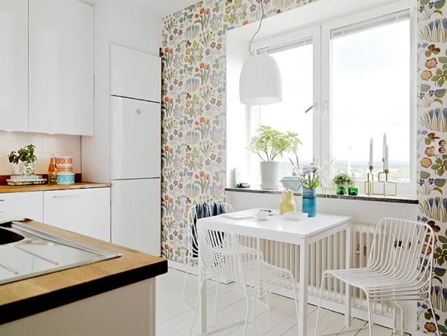 Kitchen Floral Wallpaper 2