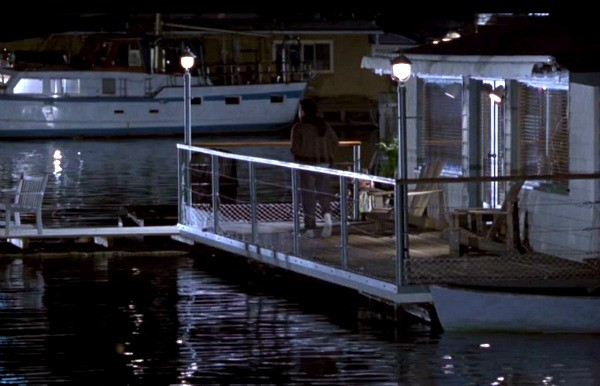 sleepless-in-seattle-movie-houseboat-9