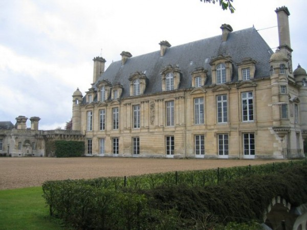 chateau-anet