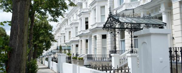Perks-of-London-Property-600x241.jpg (600×241)