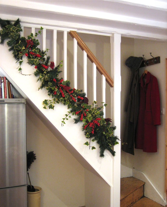 christmas decor staircase garlands euffslemani