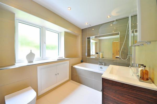 bathroom-lighting-2