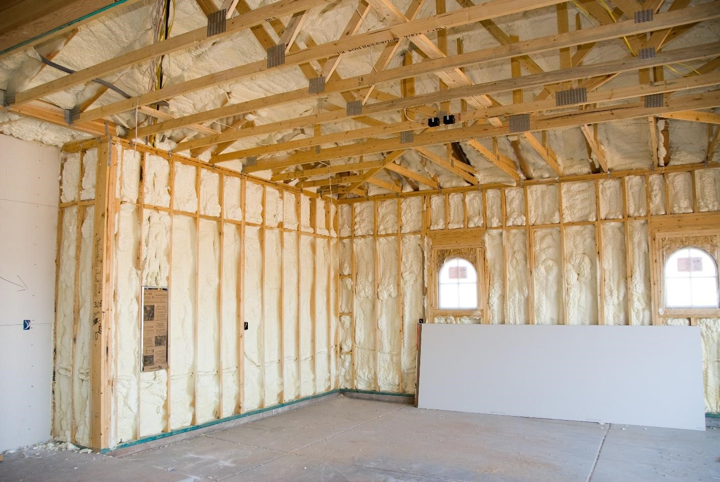 How to Stay Warm in Winter with Spray Foam Insulation