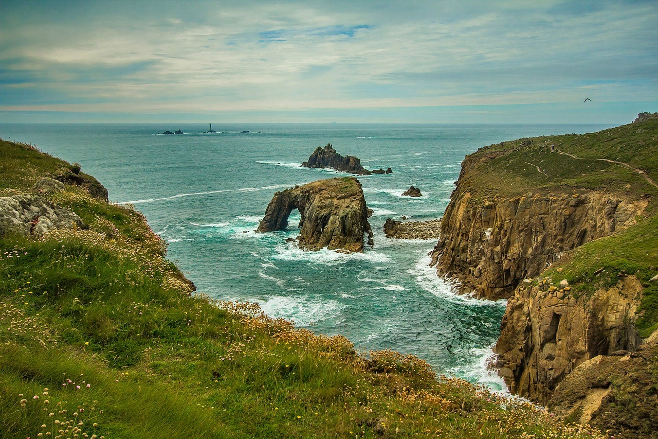 A Break for All Seasons: Year-Round Cornish Seaside Breaks