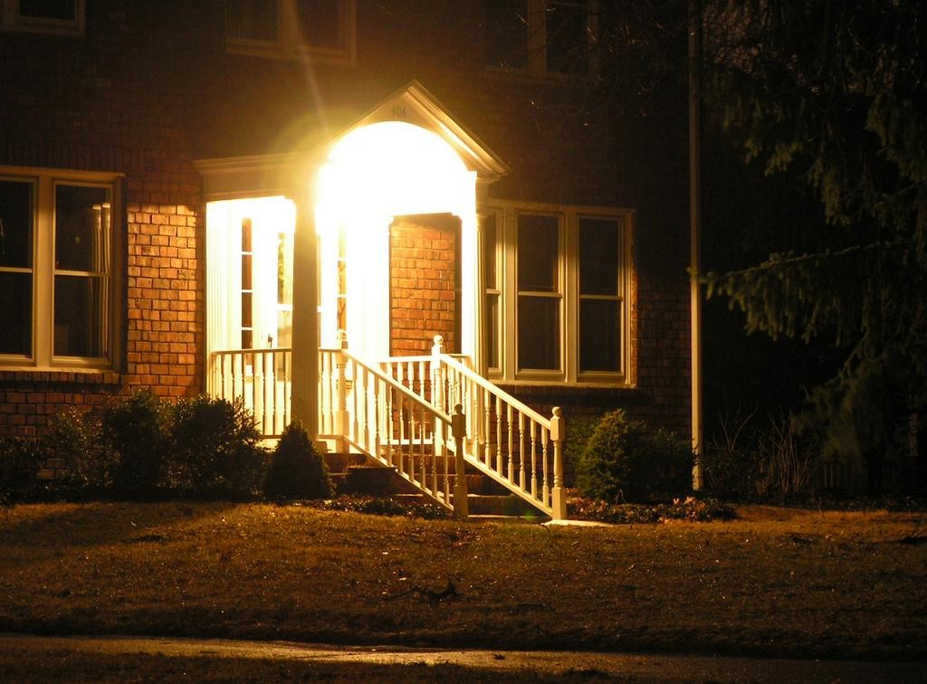 How To Be Smart With Your Home Lighting