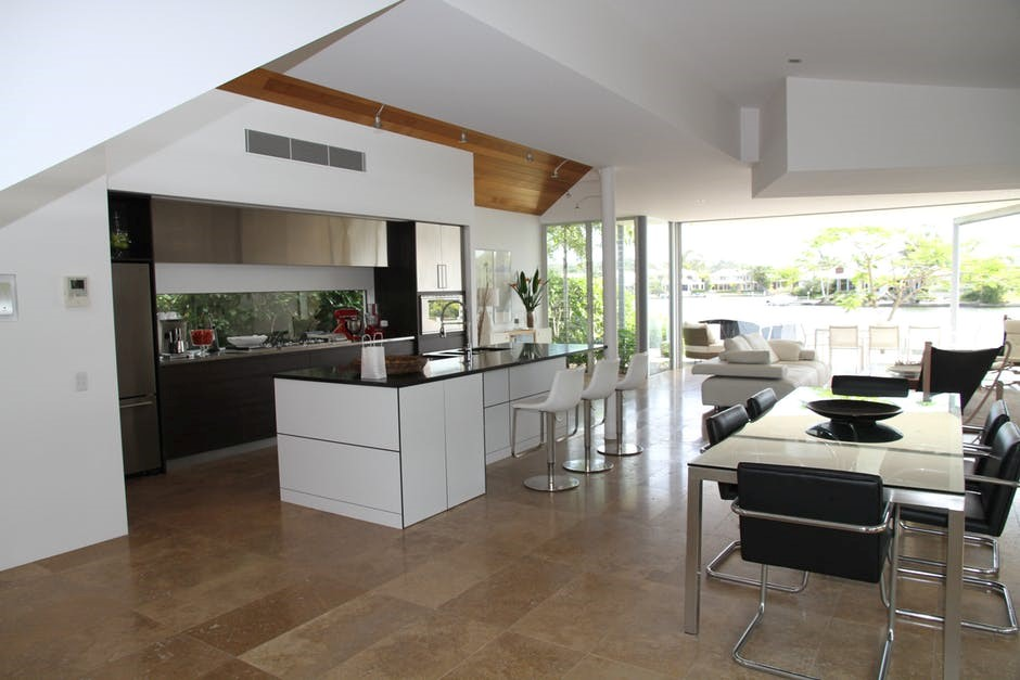 Contemporary vs traditional kitchens: How to choose?