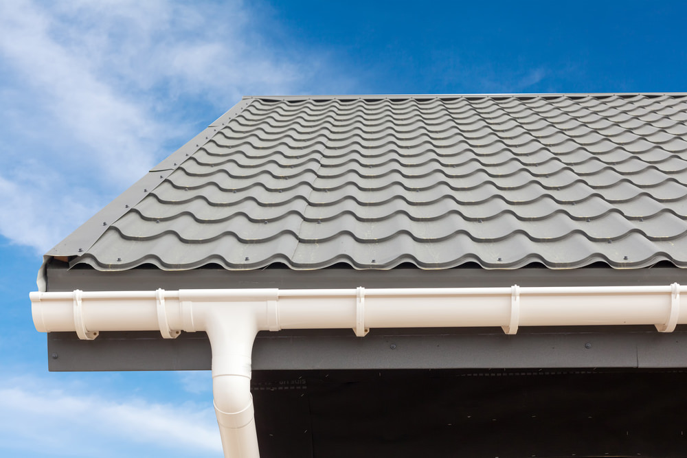 Cleaning Rain Gutters: How to do so Safely