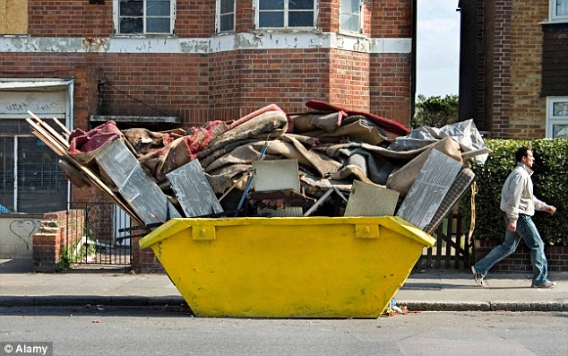 What to Know Before Hiring a Skip Bin for Rubbish Removal