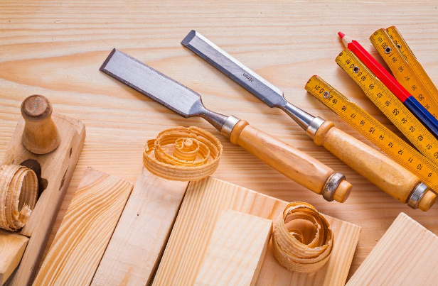 5 Woodworking Tools That Every Homeowner Needs
